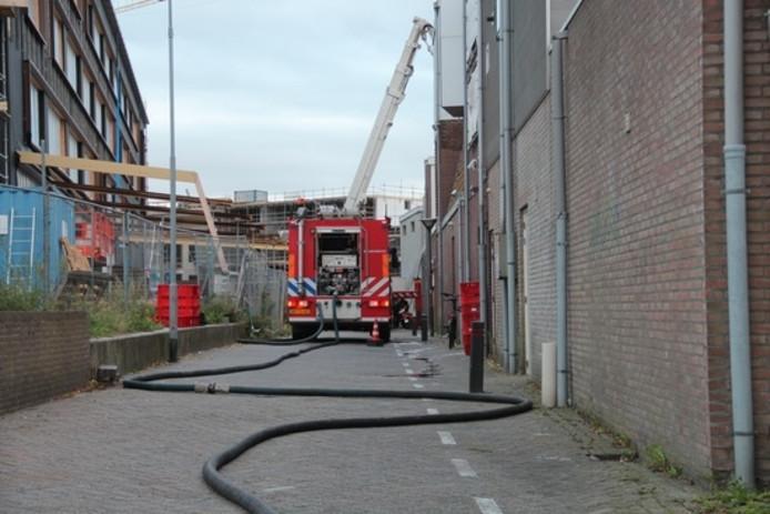 De brandweer rukte met drie voertuigen uit.