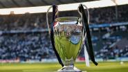Prijsuitreiking keert terug van tribune naar het veld bij Champions League