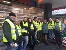 Twentse afdeling van de 'Gele Hesjes' gaat de straat op in Enschede