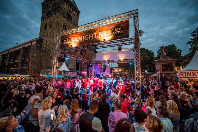Grolsch Summer Sounds; Rico Latino Salsanight op de Oude Markt.