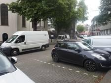 Kort parkeren Heuvelstraat verdwenen, ondernemers balen: 'Dit kost ons klanten'