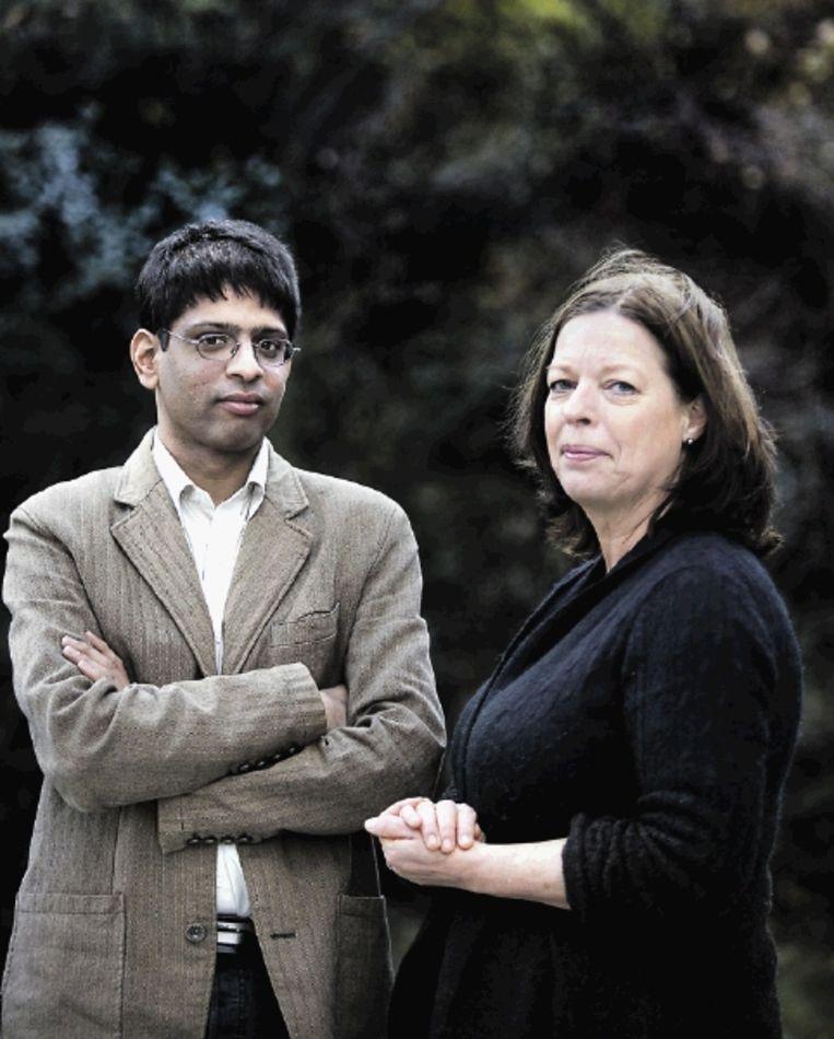 Arun Dohle en Roelie Post. (FOTO WERRY CRONE, TROUW) Beeld