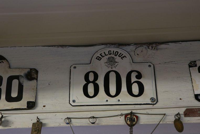 De allereerste autoplaten van ons land zagen er in 1899 zo uit