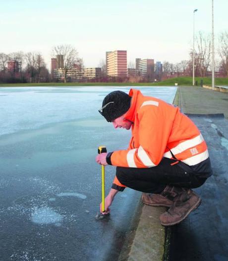 Witkalk moet schaatsbaan Veenendaal helpen
