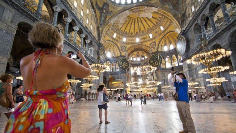 De Aya Sofia in Istanbul. Reisorganisaties verwachten dat het Nederlands toerisme naar Turkije zal dalen. Beeld null