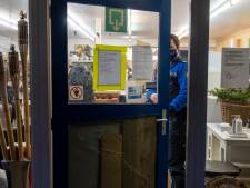 Mondkapje op of anders gaat de winkel op slot, weigeraar Gerjo in dubio na brief van gemeente Oldebroek