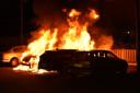 In de 75e straat in Nijmegen gingen vannacht vier auto's in vlammen op.