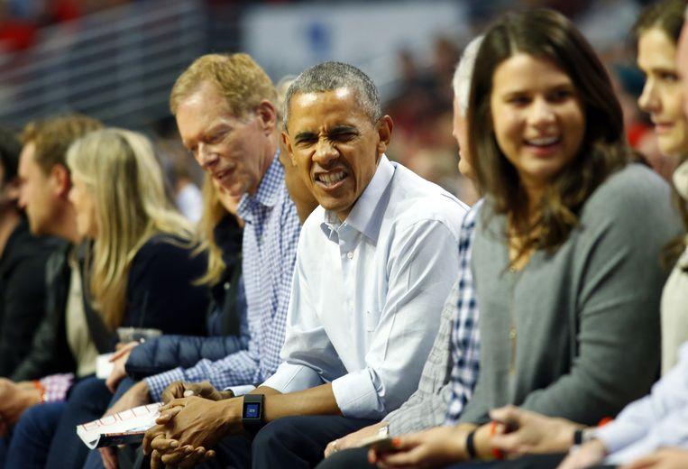 De wedstrijd die Obama in oktober bezocht, tussen de Cleveland Cavaliers en de Chicago Bulls, was de openingswedstrijd van het seizoen van zijn club. Beeld AP