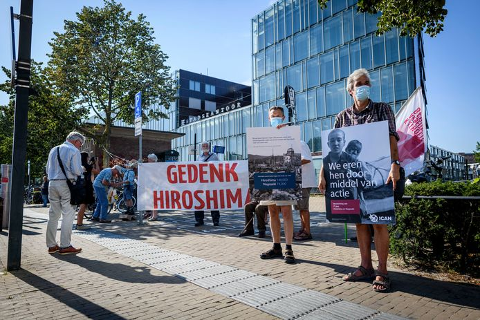 Enschede voor Vrede herdenkt de atoombomaanval op Hiroshima, precies 75 jaar geleden.