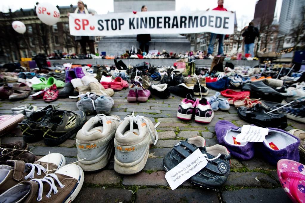 Kinderschoenen Den Bosch.Duizenden Sp Schoenen Naar Den Bosch Foto Bd Nl