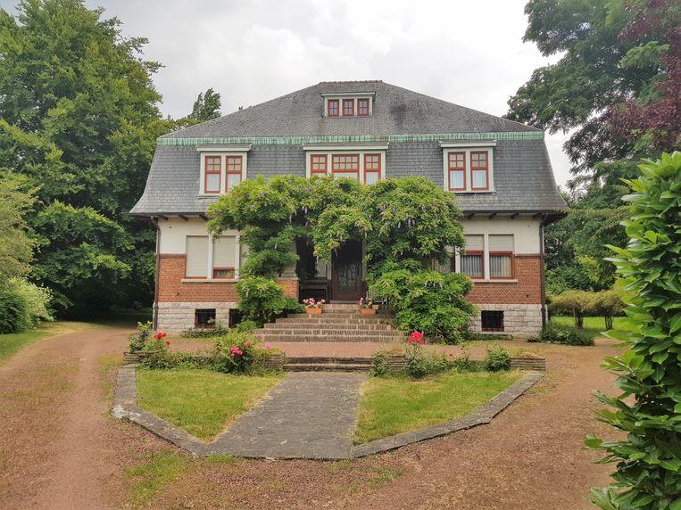 Een ontwikkelaar wil de villa op de hoek van de Villalaan en de Welkomstlaan slopen en er appartementen bouwen.