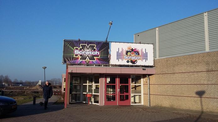 De sporthal de Misse is de waar tijdens carnaval feest gevierd wordt in Krabberdonk. De hal heet dan scratch.