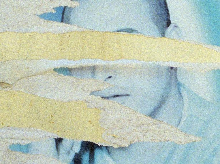 Posters waarop Palestijnse zelfmoordenaars worden herdacht als martelaren, 2002. Beeld Ad van Denderen