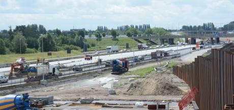 Enorm fileleed door afbraak bruggen aan Antwerpen-West