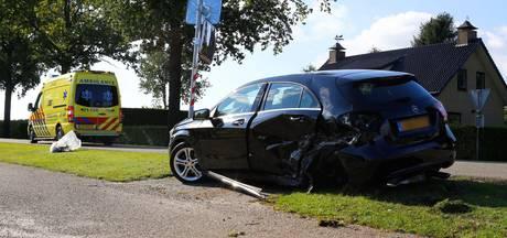 Grote schade na botsing op Noordstraat in Wanroij