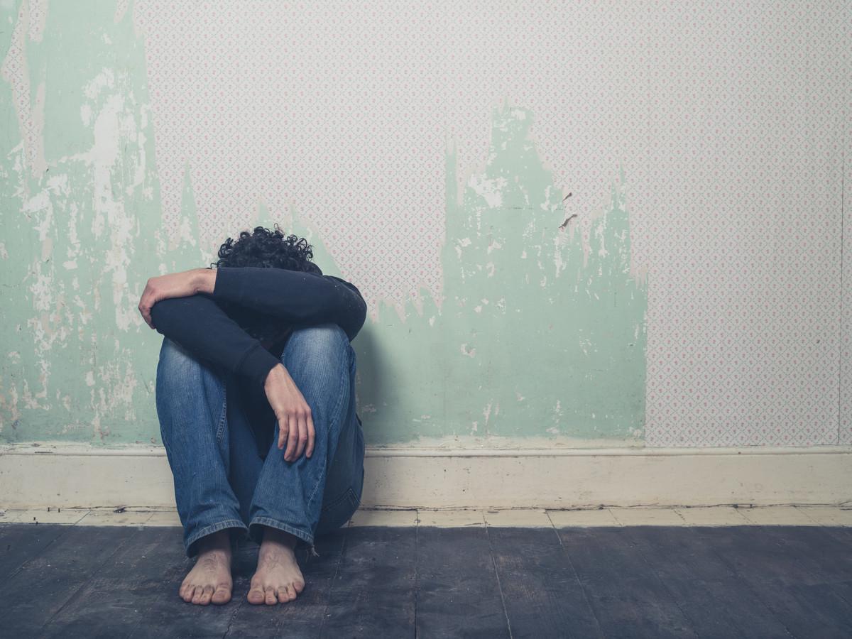 Zorg onder dwang mag alleen in het uiterste geval worden verleend, als dat nodig is om te voorkomen dat diegene zichzelf of iemand anders ernstig benadeelt