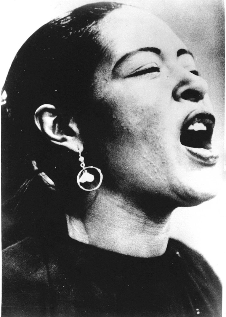 Billie Holiday in 1956. Beeld null