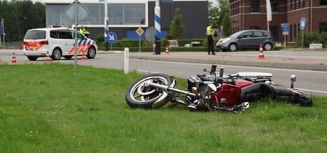 Motorrijder gewond door botsing met vrachtwagen