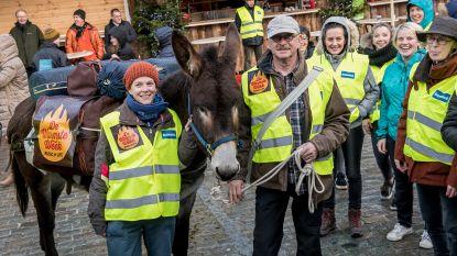 Voettocht met ezel levert 5.500 euro op voor vzw D.O.G.B.O.- DOGBO