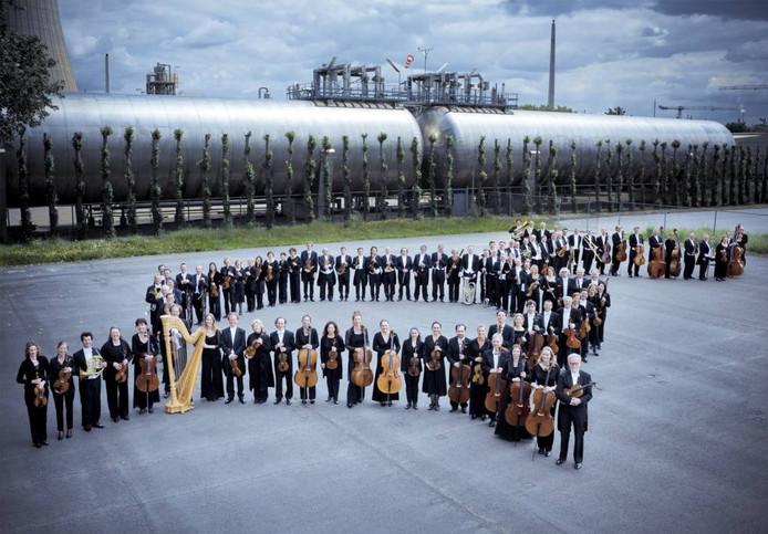 Het voltallige Philharmonie Zuidnederland