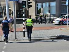Man loopt met mes Stadskantoor in Breda binnen, politie grijpt meteen in