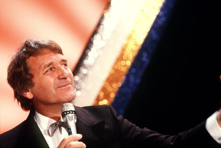 Henk Elsink tijdens de opname van zijn show in 1986.  Beeld ANP