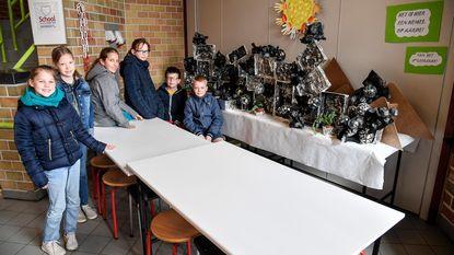 Creatieve installaties op schooldomein De Klinker