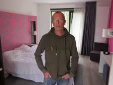 Dakloze Michel (44) kon tijdens de crisis ineens in een hotel slapen: 'Ik heb rust in mijn hoofd'
