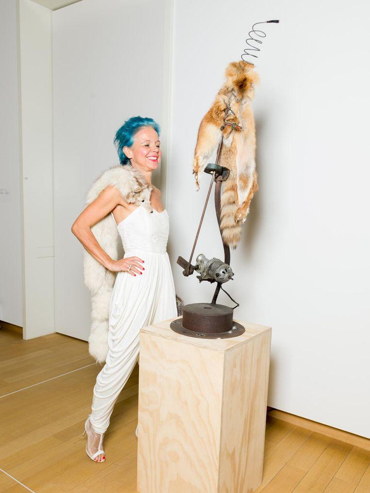De opening van de overzichtstentoonstelling van Tinguely in het Stedelijk Museum in Amsterdam Beeld Ivo van der Bent