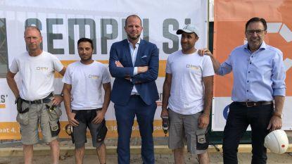 """Bouwbedrijf Sempels stelt vluchtelingen tewerk op werf: """"een warme oproep naar andere werkgevers in Vlaams-Brabant"""""""