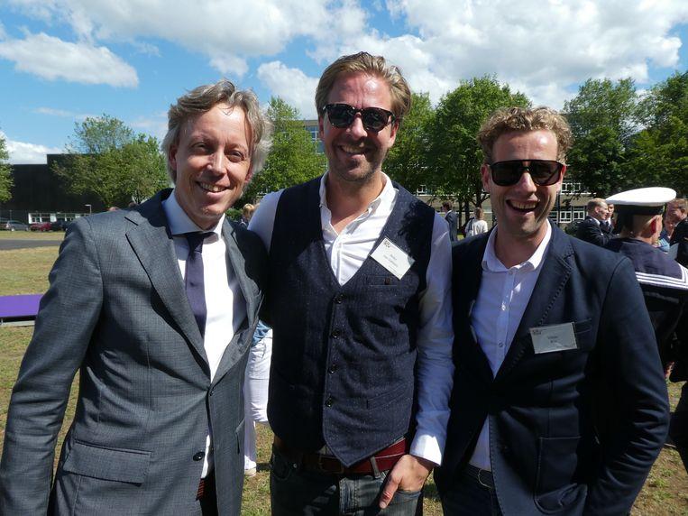 Vries Strookman (Codam) met Peter van Sabben (Growth Tribe) en Viktor Bos (TechConnect), de buren op het Marineterrein. Beeld Hans van der Beek