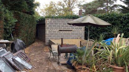 "Brits koppel houdt vier jaar lang Poolse man in tuinhuis als ""slaaf"" om hun villa te renoveren"
