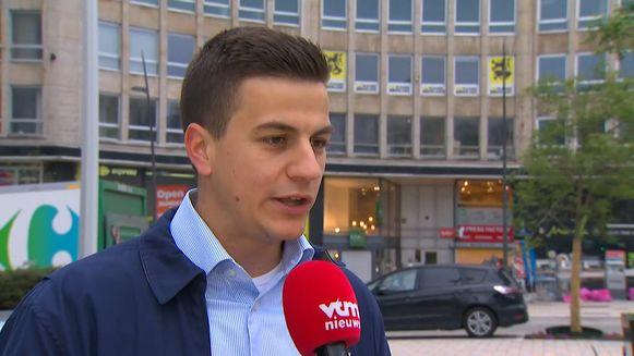 Dries Van Langenhove in het extra ochtendnieuws van VTM Nieuws
