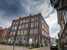 Prijsverhoging jaagt kopers weg uit lofts in monumentale school in Kampen