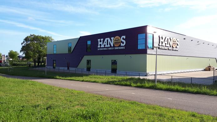 De nieuwe vestiging van horecagroothandel Hanos in Hengelo zorgt voor ruim honderd nieuwe banen.