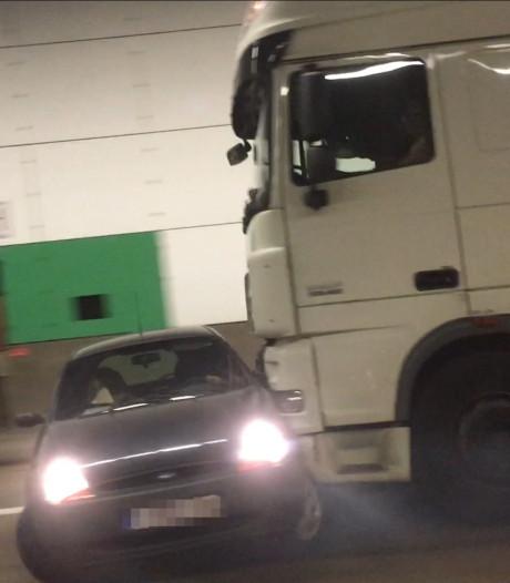 Spectaculaire beelden uit Antwerpse tunnel: auto wordt meters ver meegesleurd door vrachtwagen
