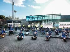 Het zoveelste protest tegen dreigende sluiting zwembad De Hoevert in Didam