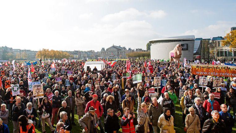 8000 mensen kwamen om te protesteren Beeld anp