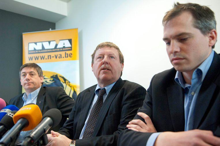 Siegfried Bracke (midden) is lijstduwer van de federale lijst.