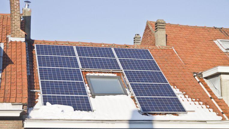 Vanaf 1 juli betalen ook de eigenaars van zonnepanelen voor hun gebruik van het net.