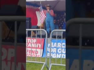 Quand Sacha Baron Cohen piège des manifestants extrémistes