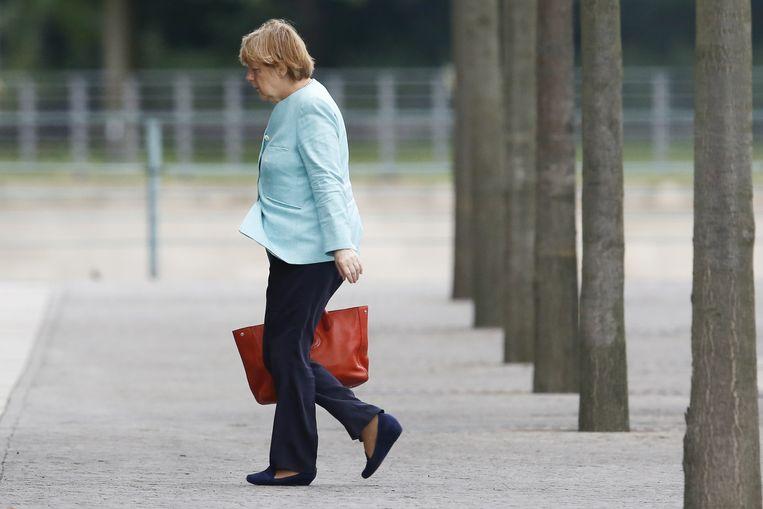 Angela Merkel arriveert bij de Bondskanselarij in Berlijn. De eenheid van Europa beschouwt ze als het hoogste goed. Beeld ap