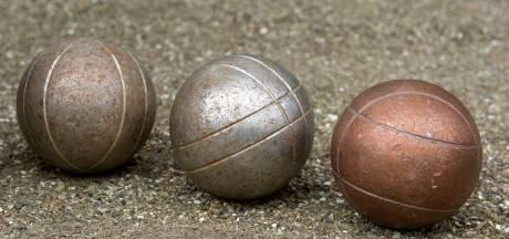 Jeu-de-boulesclub Dieren overdekt banen om ook in de winter te kunnen spelen