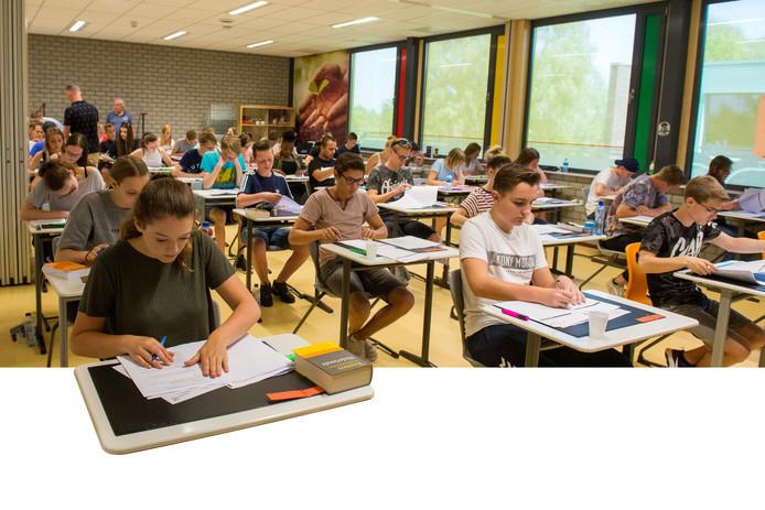 Op het Vechtdal college in Dedemsvaart zijn maandag de examens begonnen.
