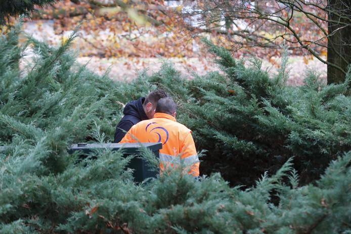 De politie is bij het gemaal in Best op zoek naar de vermiste Marc de Bonte