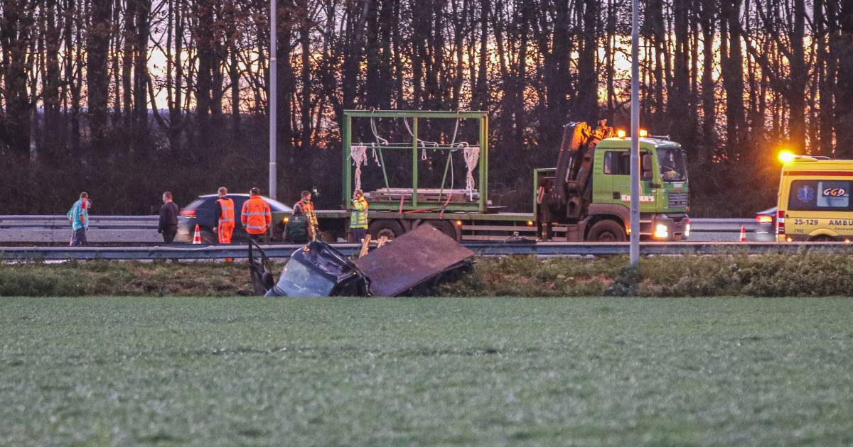 Vertraging loopt hard op van Lelystad naar Emmeloord op A6 door verkeersongeluk.