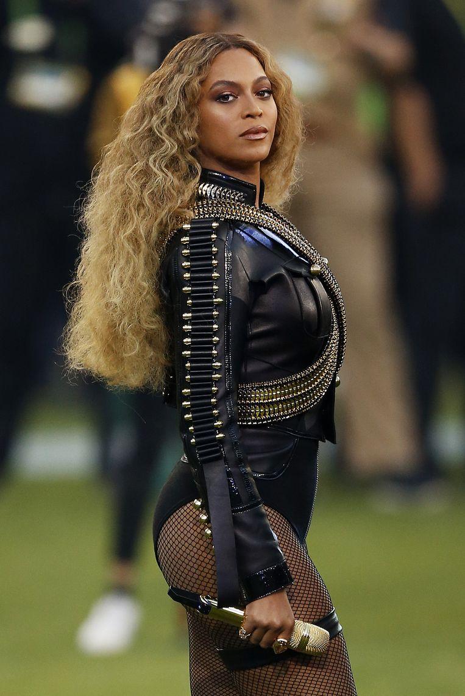 Beyoncé bracht voor het eerst haar nieuwe single Formation ten gehore. Beeld getty