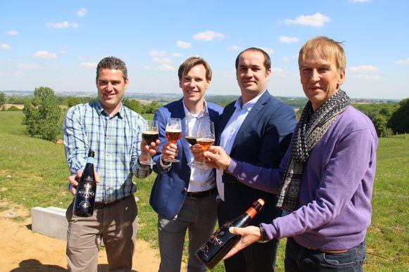 Antonin Maes, Albert De Brabandere, Pieter Maes en Hugues Dubuisson stellen Alliance voor.