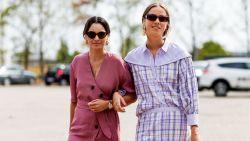 Dopamine dressing: kan kleurrijke kleding je echt gelukkiger maken?