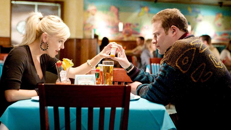 Anna Faris en Seth Rogen in Observe and Report. Beeld null